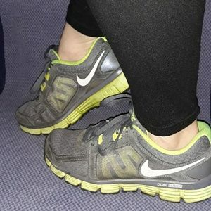 OLD Nike Gym/Running Shoes 6.5 women's sneakers
